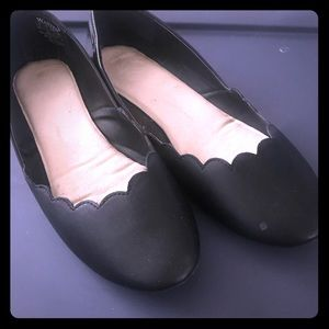 NWOT black scallop flats from Wanted